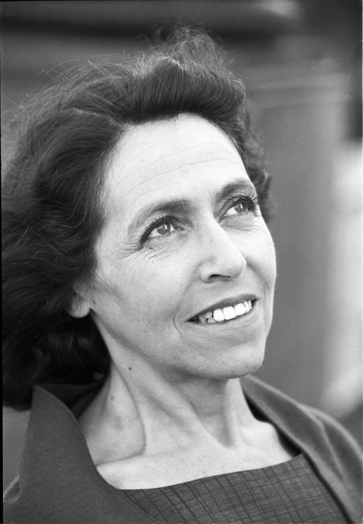 Suzanne Bloch